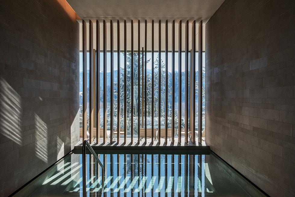 alpine-spa_wet-area_cold-bath-2.jpg