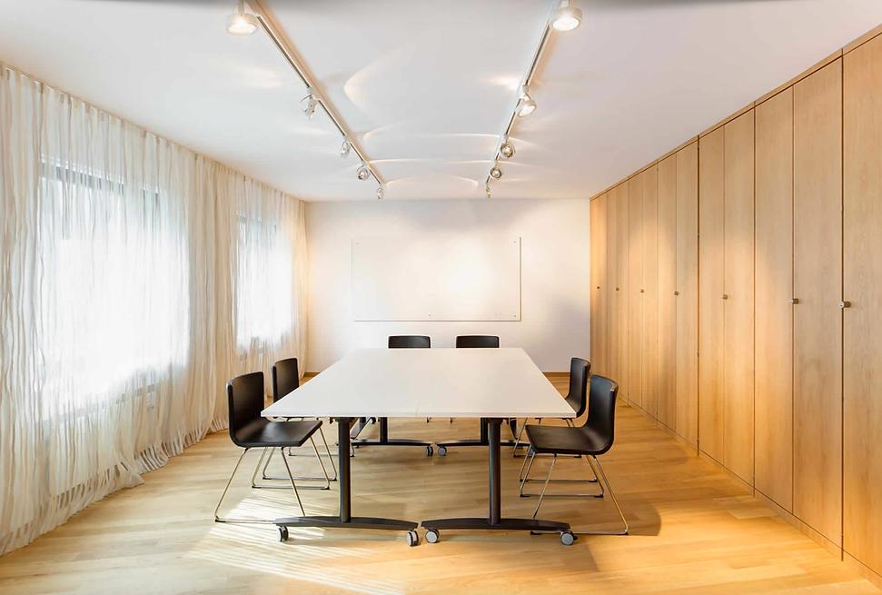 plus4930 Architektur - Tagesklinik Friesenplatz  - Florian Geddert, Johannes Sierig, René Krüger