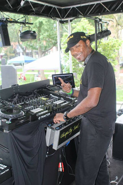 DJ T Wise
