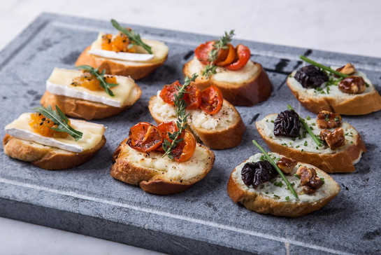 Cheese crosstini