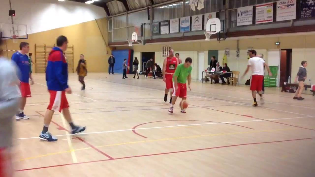 Début dans quelques minutes du match seniors Masculin Jarnac - Cognac Basket Avenir