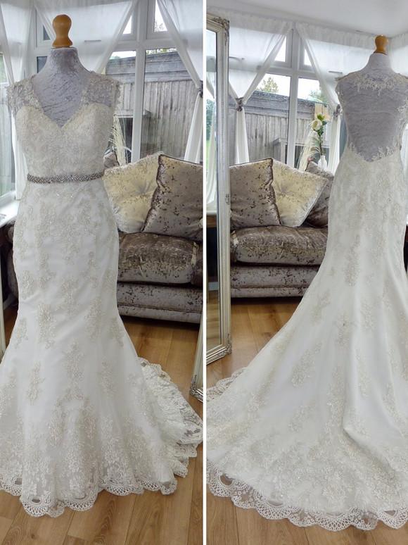 Designer Alfred Angelo Size 8 £500 Ref SK23