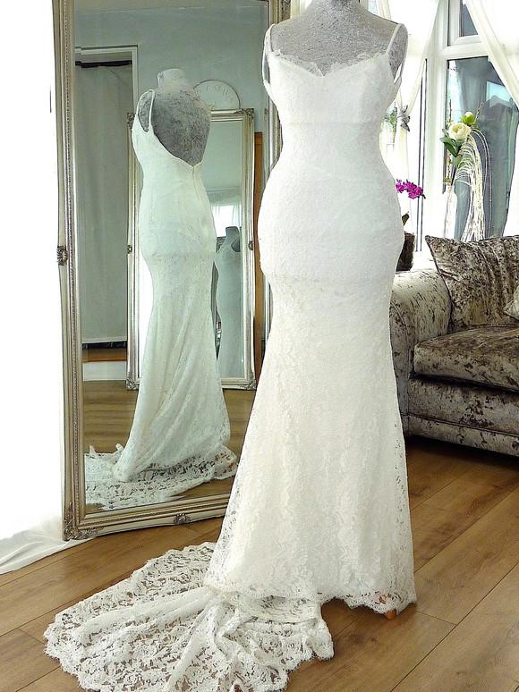 Designer - Heidi Hudson Size 6-8 £250 Ref SK15