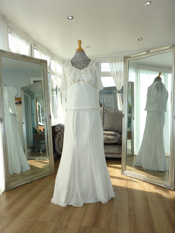 Designer- Stephanie Kyles Bridal Size 18-20 £100 Ref SK10