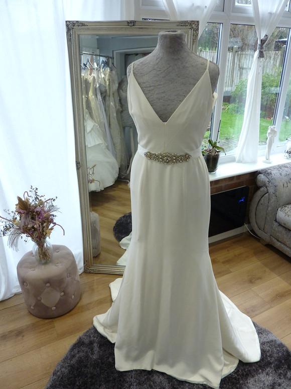 Designer - Sassi Holdford Size 10 £650 Ref SK03