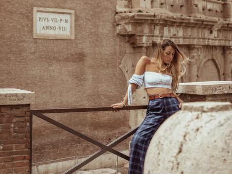 Rome Post - Lockdown - Colosseum