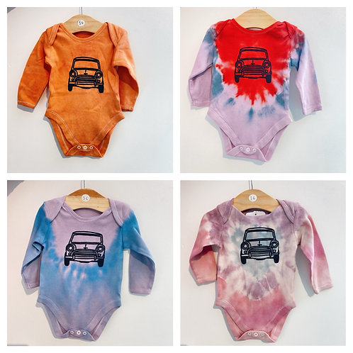 Tie dye Baby body suit 3-6 months