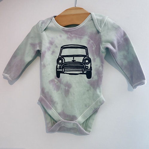 Tie dye baby body suit 0-3 months