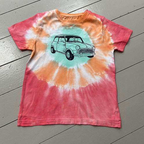 Childs tie dyed T-shirt age 9-10