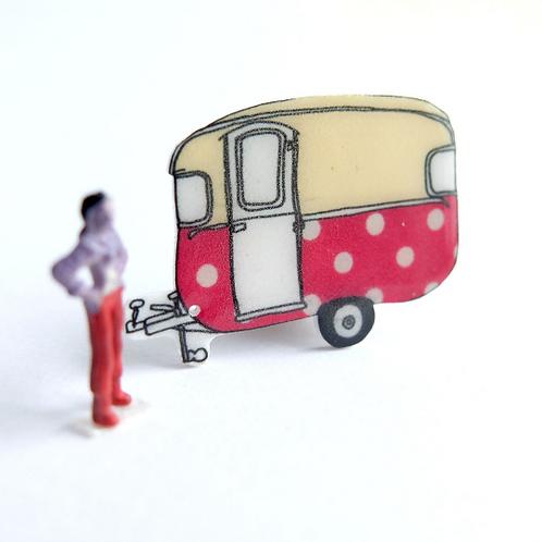 Red Polkadot Retro Caravan Brooch