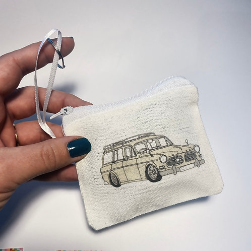 Volvo Amazon purse/pouch
