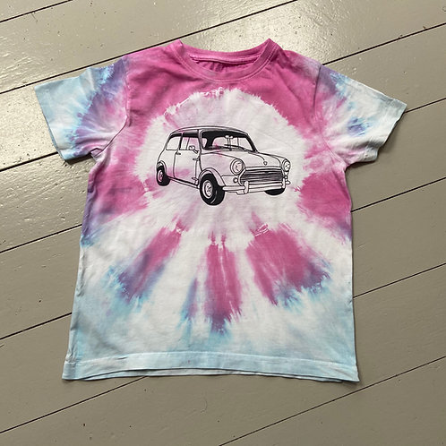 Childs tie dyed T-shirt age 7-8