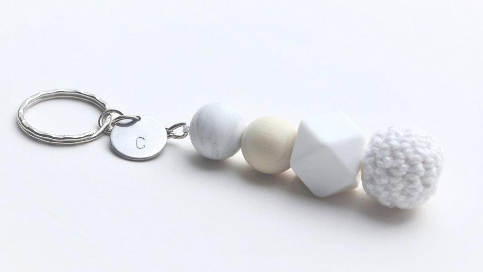 Schlüsselanhänger Silber mit Häkelkugel