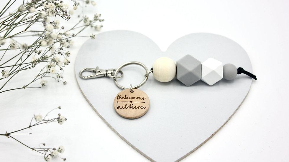 Schlüsselanhänger Hebamme mit Herz | Silikon + Gravur