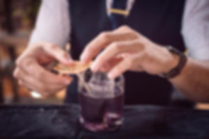 Barras de mixologia y cocteleria  con tequila mezcal gin vodka whiskey