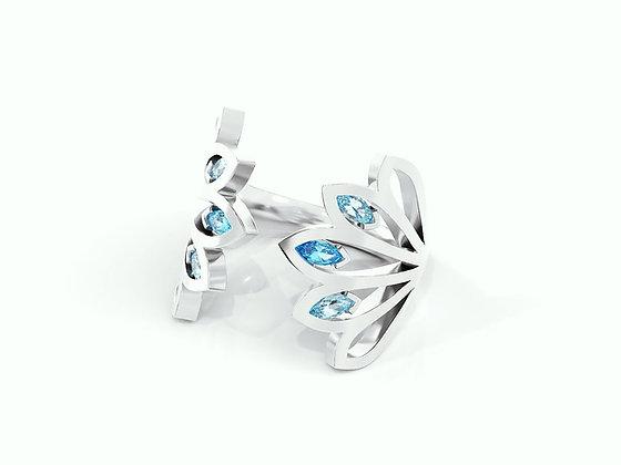 Alhambra Blue Topaz Ring