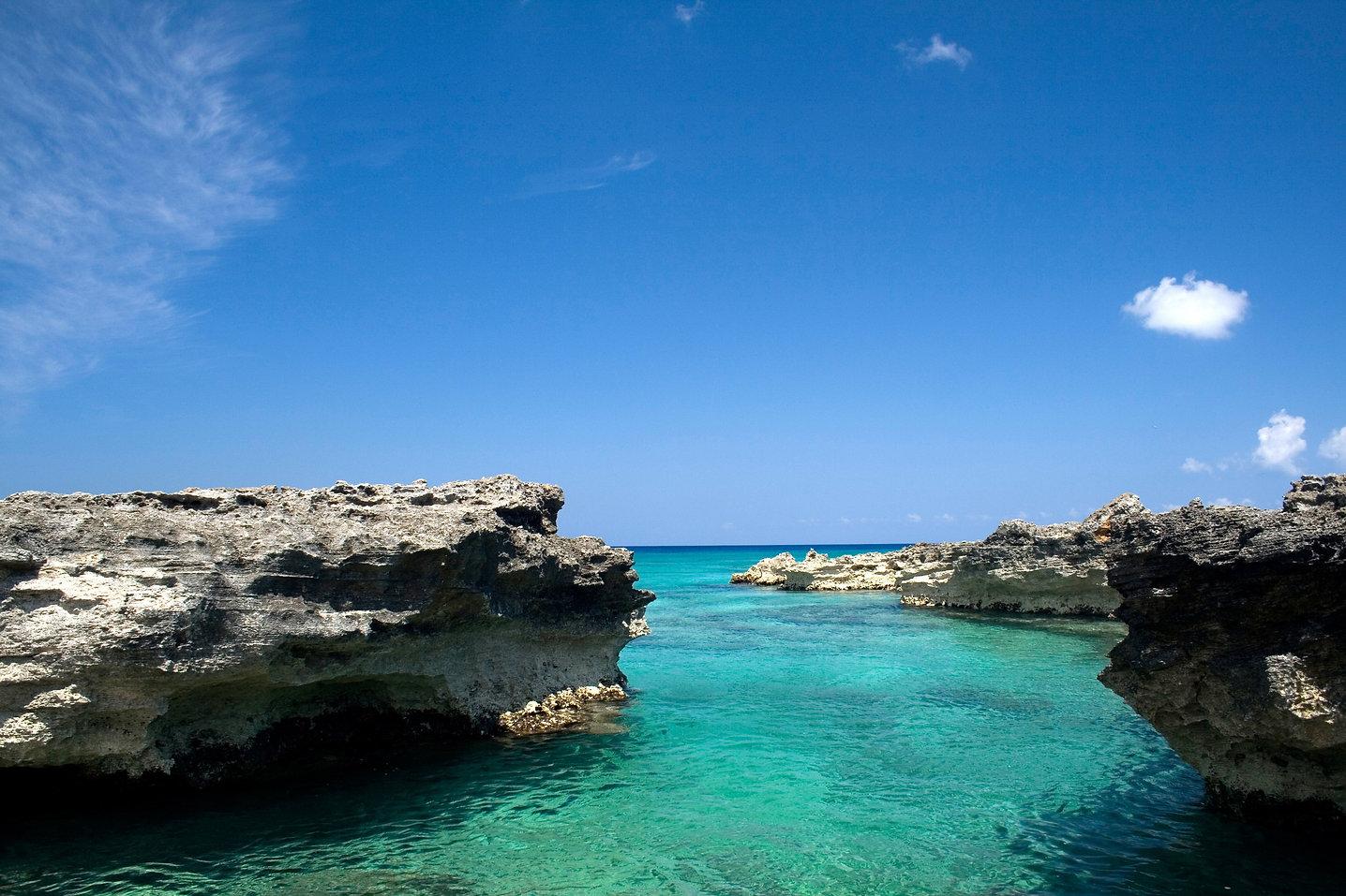 cayman-island-resorts.jpg