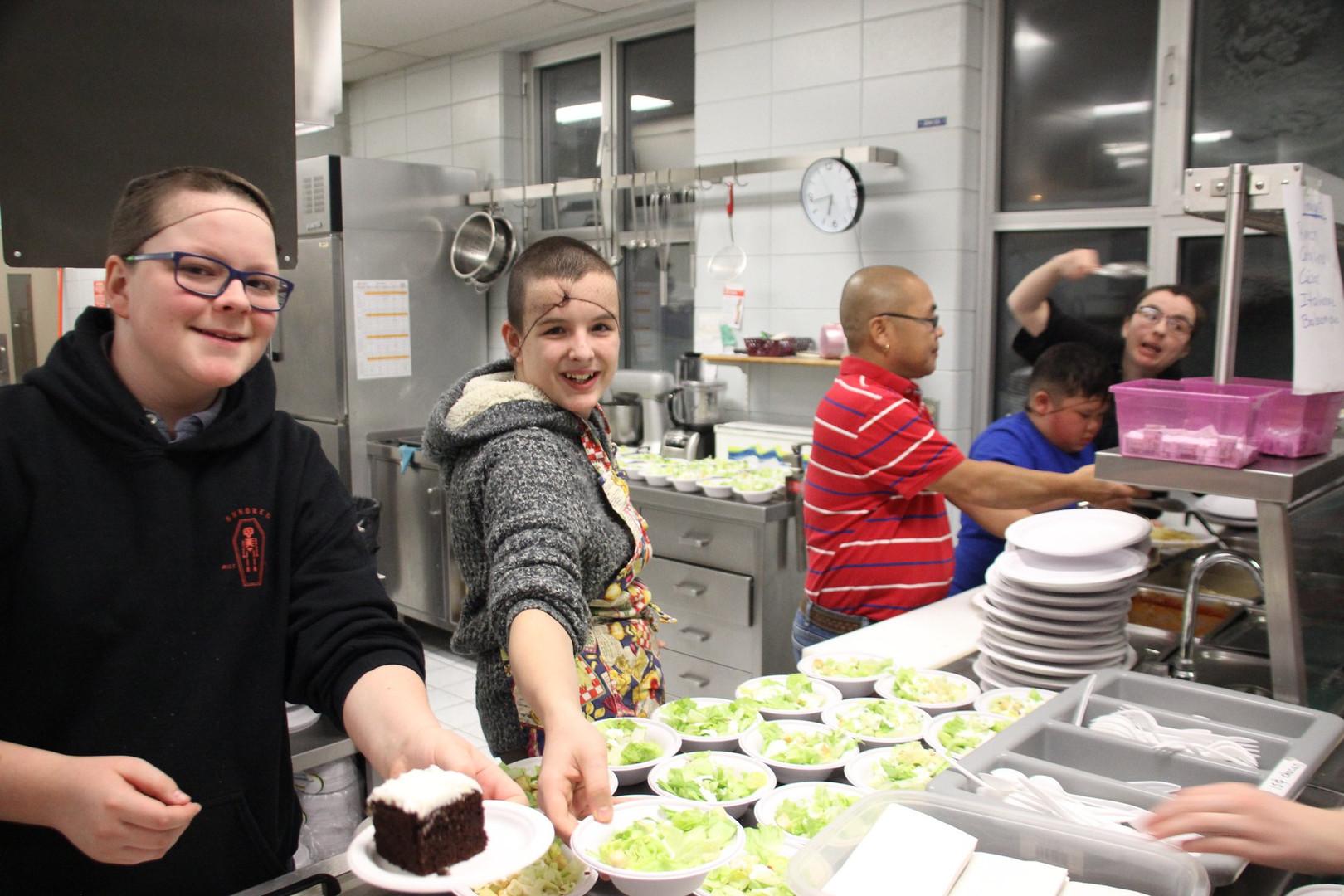 École de l'Envol - Photo de la cuisine à la cafét'