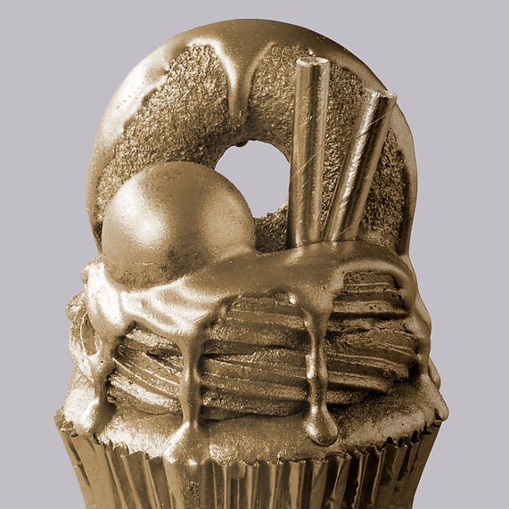 cut-the-check-freakshake-cupcakes-s.jpg