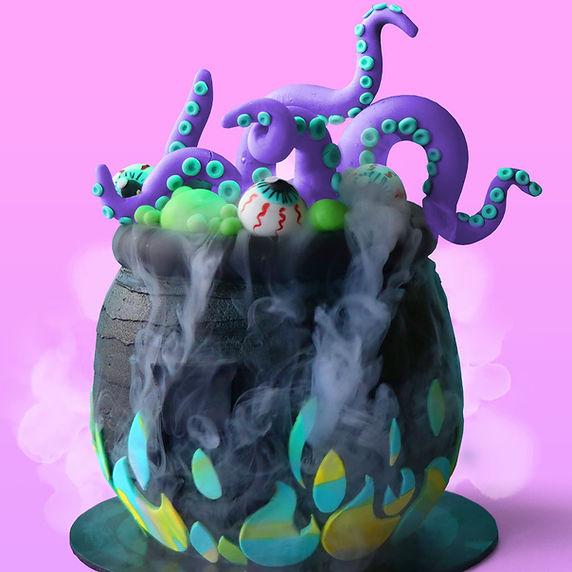 bubling cauldron cake_sc.jpg
