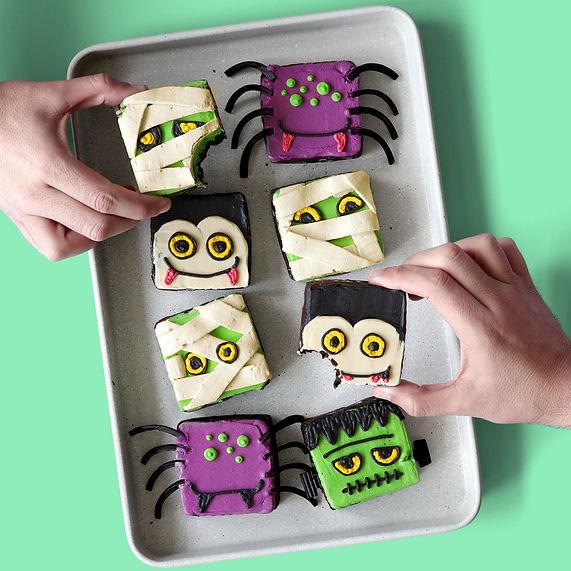 monster mash brownies_sc.jpg