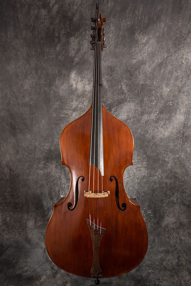 image Kimmel Bass #42 Mill St Milanese ©Peter Coco 2015 used w/ permission by Seth Kimmel Bass Maker Eugene, OR