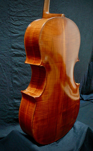 Kimmel 'cello #5 Western Maple back and sides ©2020 Seth Kimmel