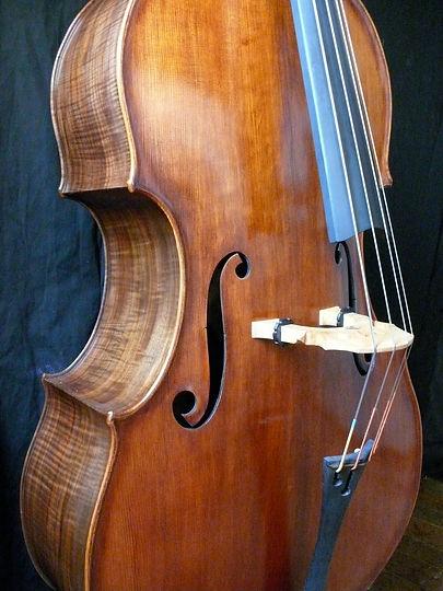 Image Kimmel bass #20 Mill St. Milanese © Seth Kimmel, Bass Maker, Eugene, Oregon, USA