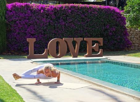 Yoga at Atzaro