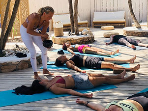 Vinyasa Yoga con Veronica Prodis Alma Be