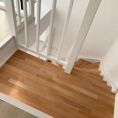 scari din lemn rv9.jpg