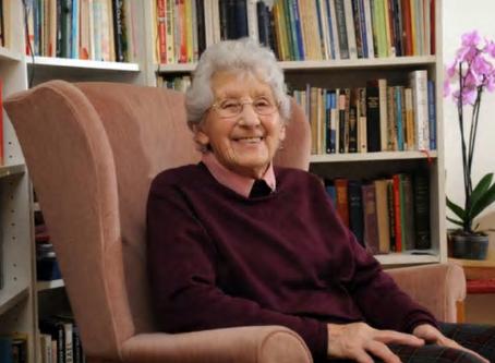 Dr Runa Blyth Mackay (1921-2020)