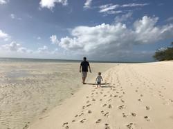 Circumnavigating Heron Island