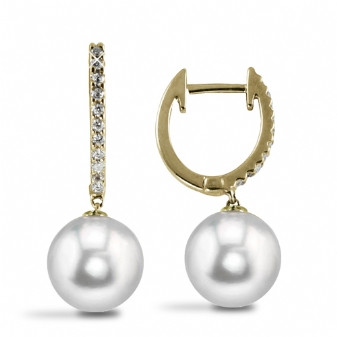 Classic diamond pearl drops