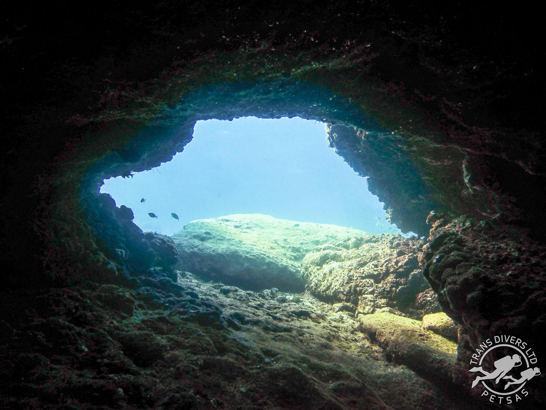 Caves_03.jpg
