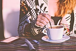Vragen over het schrijven van teksten of correcties, koffie drinken kennismaken