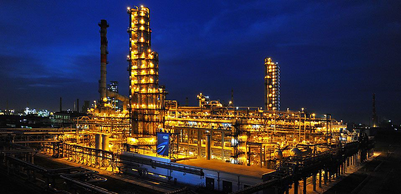 oil-refining_omsk-refinery.png