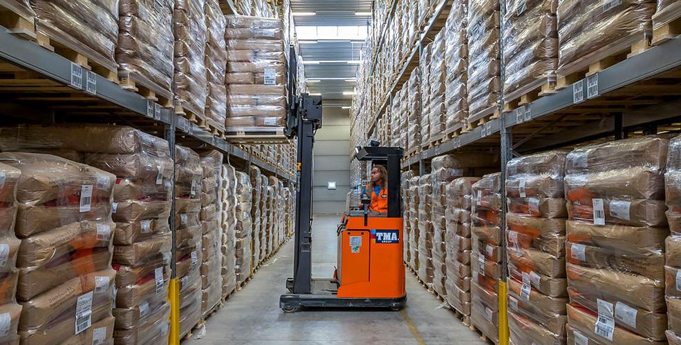warehousing_slide_1.jpg