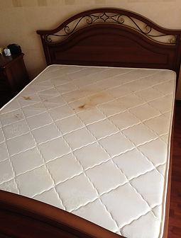 Химчистка матраса на дому. Химчистка диванов, чистка спального матраса. вымыть диван, почистить мягкую мебель, химчистка от мочи, чистка от разводов и мочи, клининговая компания по химчистке, химчистка мебели в екатеринбурге, диван химчистка, химчистка от пятен на диване, Химчистка матрасов на дому, почистить матрас на дому. krcleaning.ru