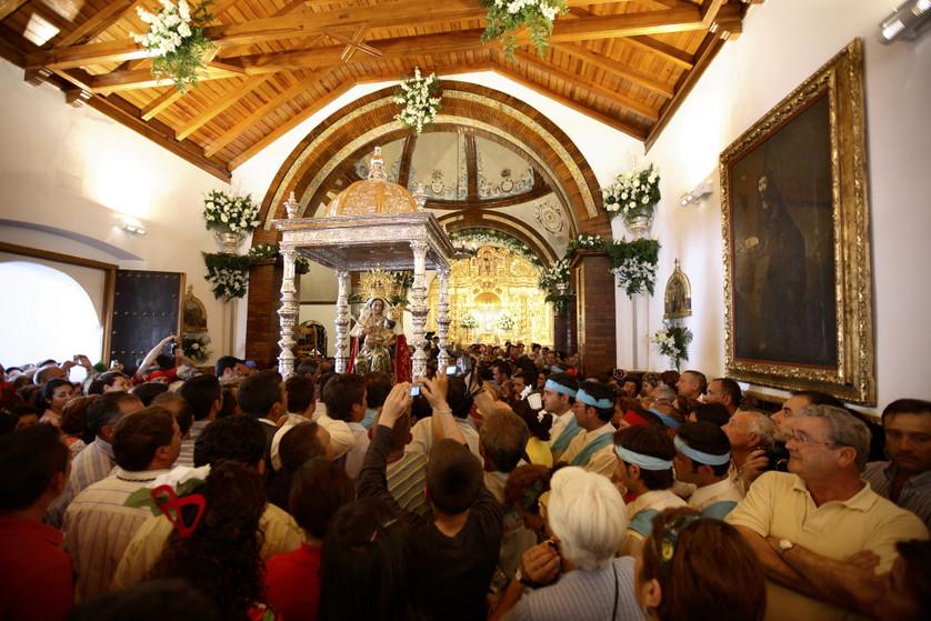 Romeria A6  La procession du dimanche_00