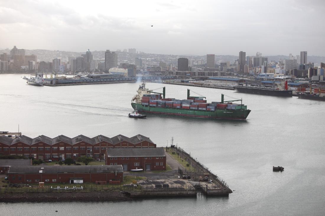 PAM A 7 Port de Durban_11-06-06_35.JPG