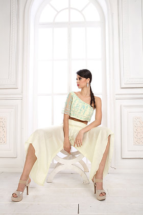 Pale yellow co-ord