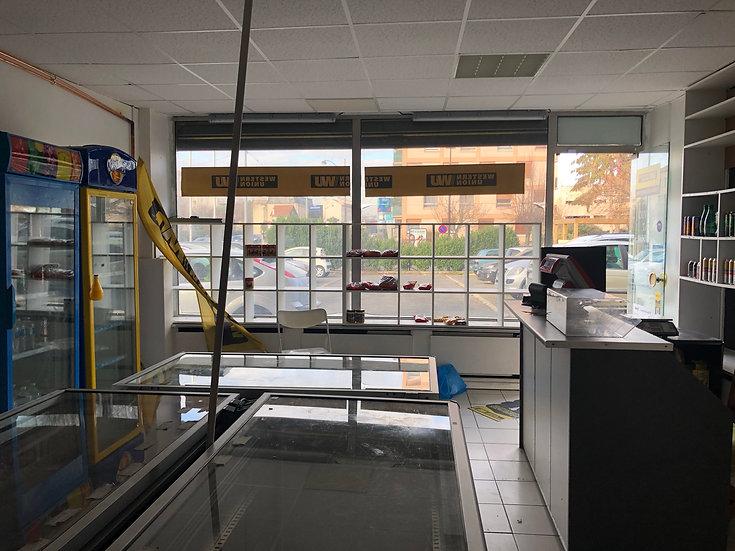 Boutique 43 m² -VIRY CHATILLON