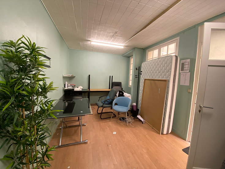 Bureau 21 m2 - Paris 8ème