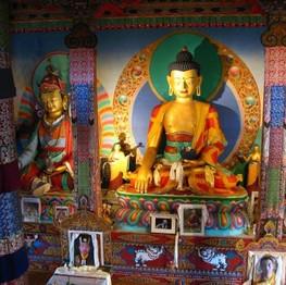 Temple-Bouddhas1.jpg