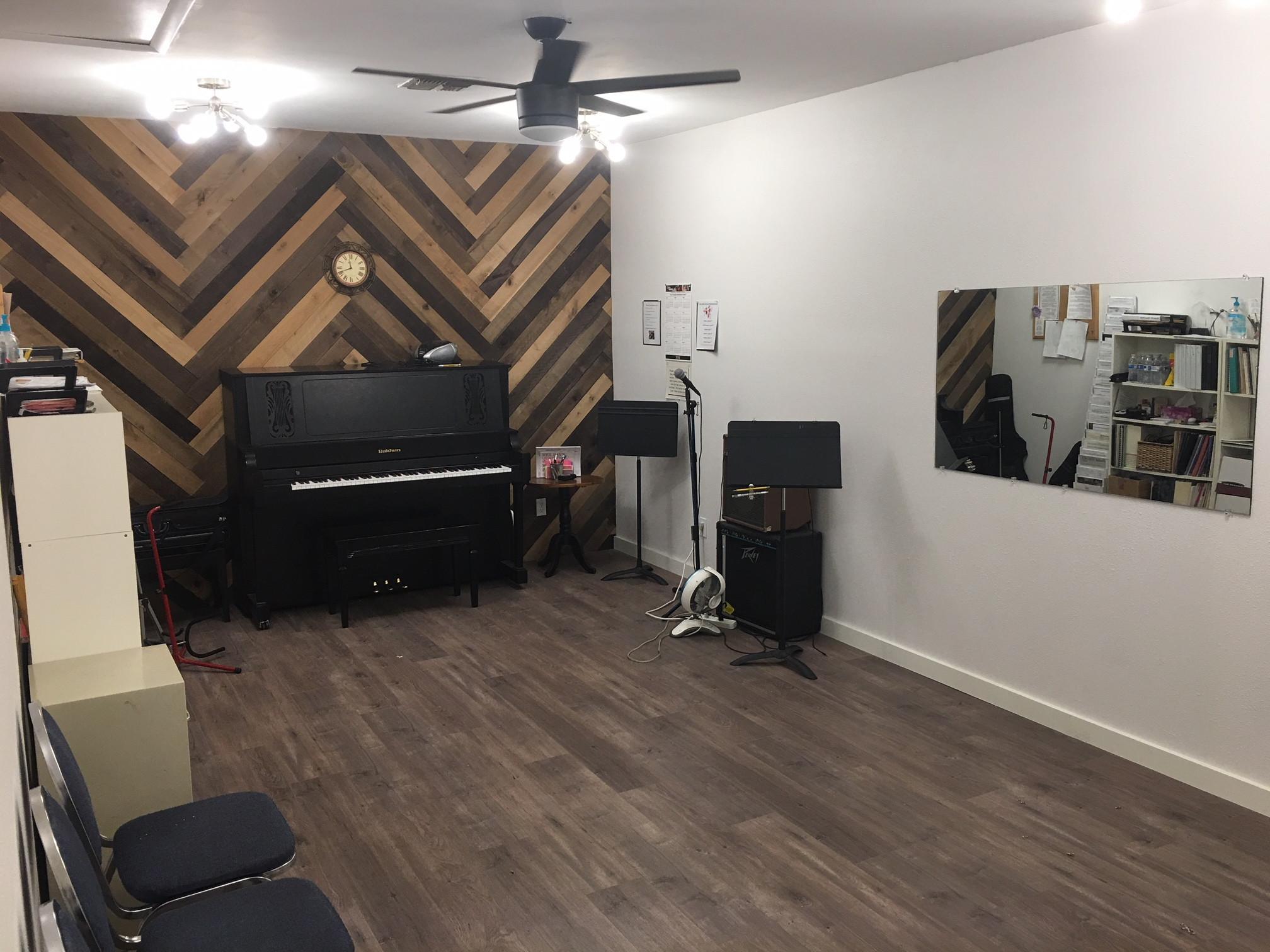 Studio 7 Rental