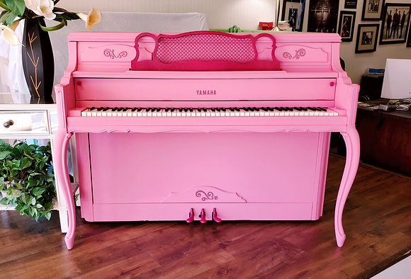 "Yamaha Console in ""Flamingo Pink"""