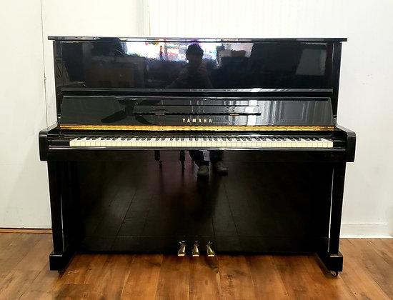 Yamaha MC301 Upright Piano