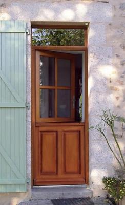 Porte d'entrée fermière bois