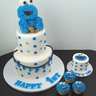 Cookie Monster Smash Cake.JPG